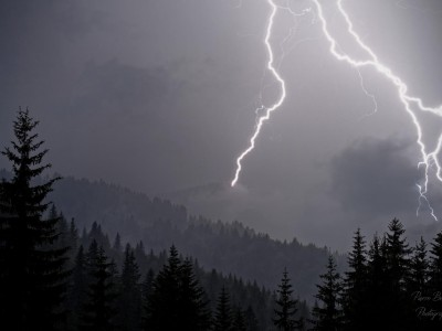 L'orage gronde dans le massif