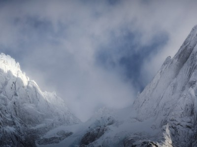 Aiguille de Blaitière et des Grands Charmoz platrées après la tempête de neige