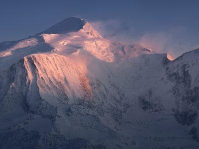 Le mont Blanc aux dernières lueurs du jour