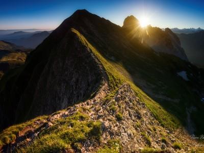 Lever de soleil sur l'arrête de Balafrasse